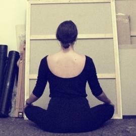 Yoga en el espacio expositivo